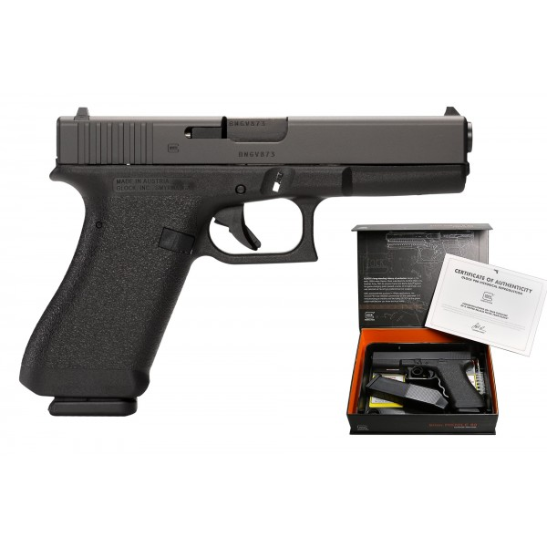 GLOCK P80 9mm Pistol With 2-17 Round Mags & Hard Case
